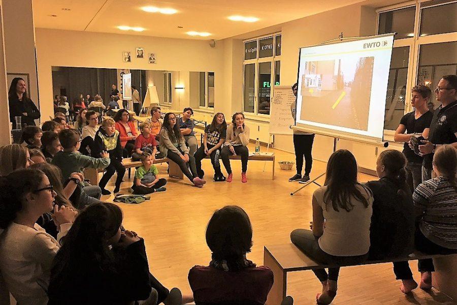 Training gegen Überfälle und Pöbeleien bei Dunkelheit